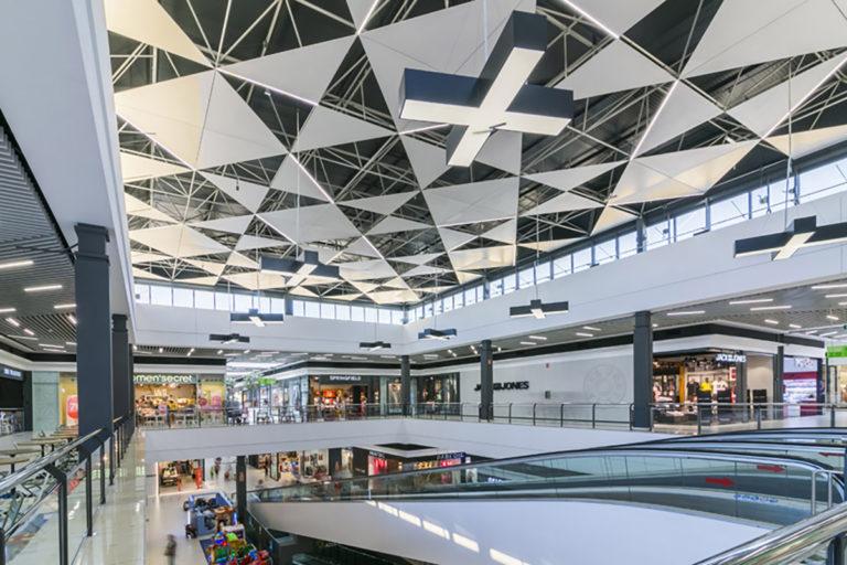 centro-comercial-lasierra-23-L1200px