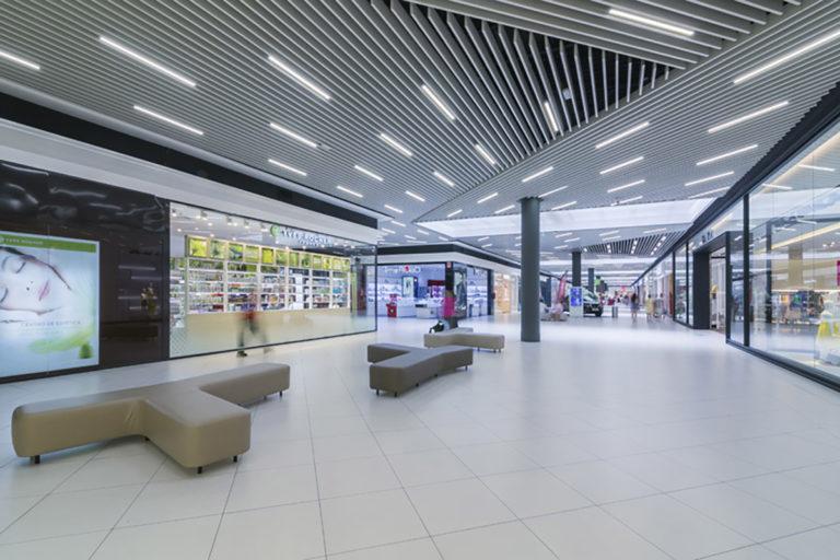 centro-comercial-lasierra-26-L1200px